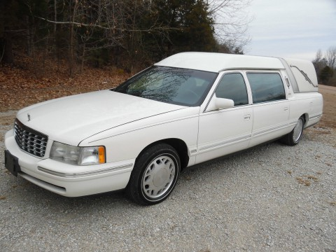 1999 Cadillac hearse Miller Meteor for sale