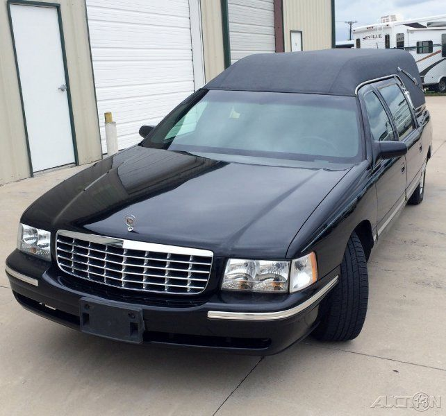 1998 Cadillac Deville Hearse