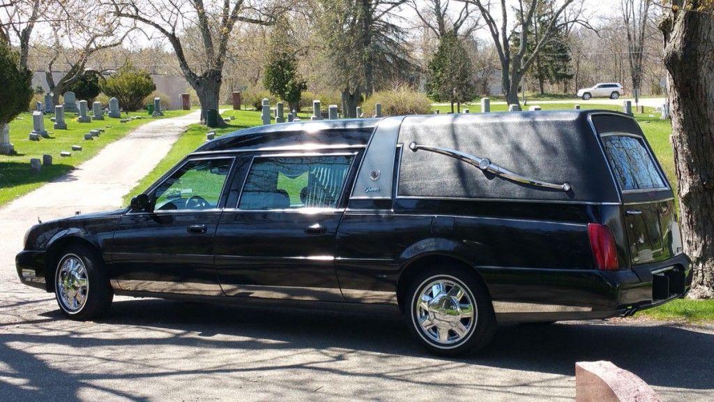 2004 Cadillac Deville by Superior Coach Company