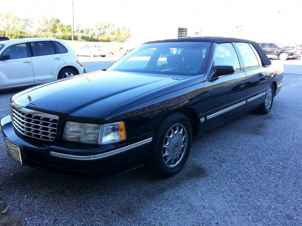 1999 Cadillac Fleetwood Limited for sale