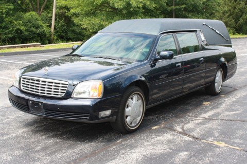 2002 Cadillac Deville Hearse Funeral Coach for sale