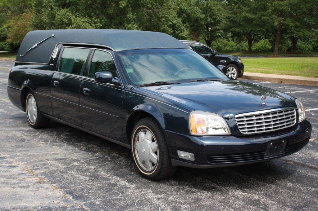 2002 Cadillac Deville Hearse Funeral Coach