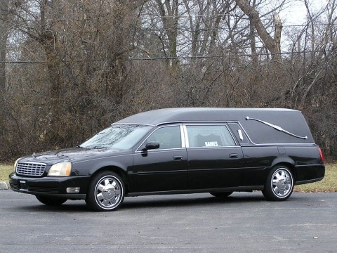 2004 Eagle Cadillac DeVille Ultimate Hearse Black Extend table for sale