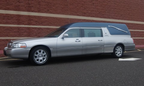 2009 Lincoln Town Car S&S Coach Funeral Hearse for sale