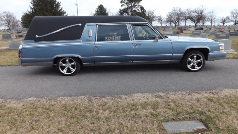 1992 Cadillac Fleetwood S&S Hearse Funeral Coach Excellent Condition for sale