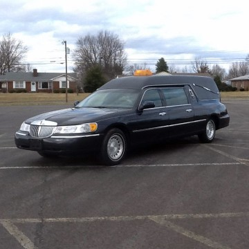 2000 Lincoln Town Car Hearse Funeral Car S&S for sale