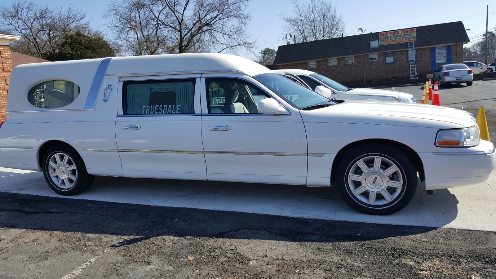 2005 Lincoln Hearse For Sale