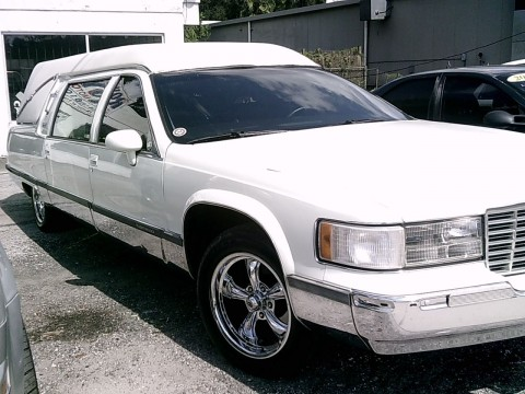1994 S&S Hearse on 1994 Cadillac RWD Commercial Chassis for sale