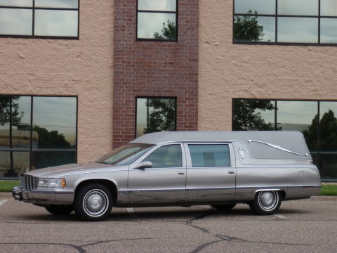 1995 Cadillac Fleetwood Funeral Coach Heritage Hearse for sale