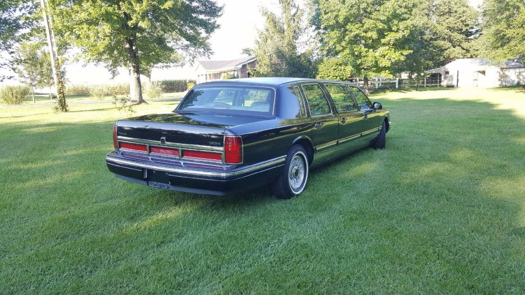 1997 lincoln town car 6 door limousine funeral coach for sale. Black Bedroom Furniture Sets. Home Design Ideas