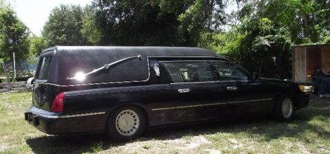 Freshly retired 2000 Lincoln Town Car Hearse for sale