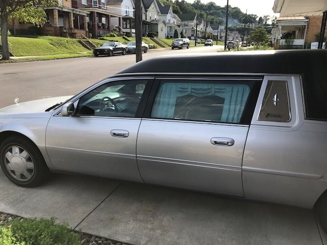 Well maintained 2003 Cadillac Deville Superior Hearse