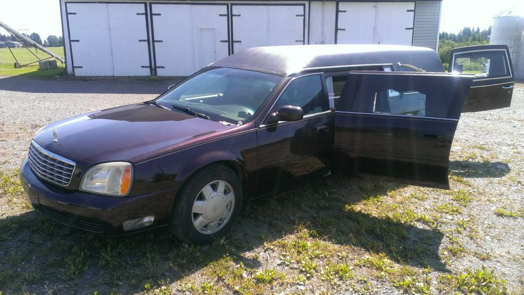 Worse paint 2003 Cadillac Deville Hearse Superior
