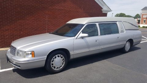 clean 1999 Cadillac superior hearse for sale