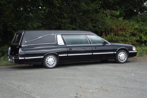 excellent condition 1998 Cadillac Deville Hearse for sale