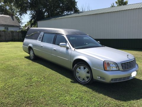 little rust 2000 Cadillac DeVille hearse for sale