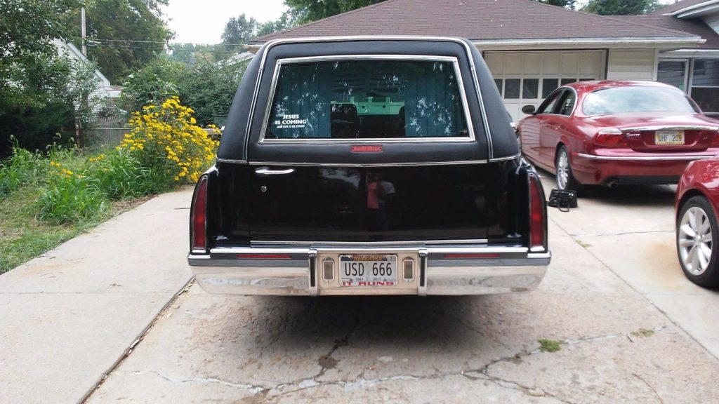never abused 1996 Cadillac Fleetwood Superior hearse