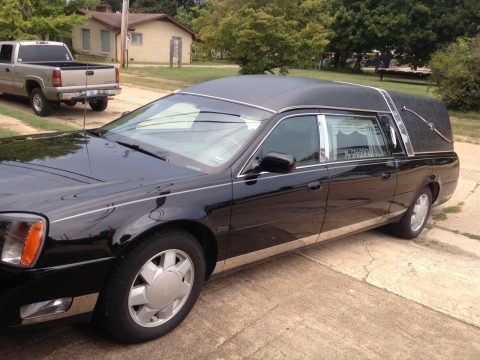 some issues 2000 Cadillac hearse for sale