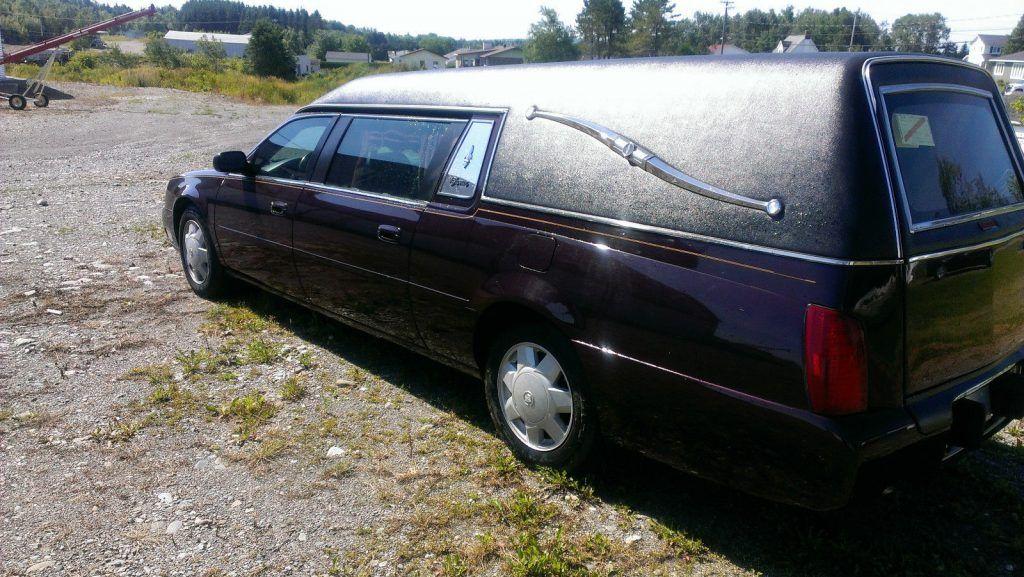 clean 2003 Cadillac Deville Superior hearse