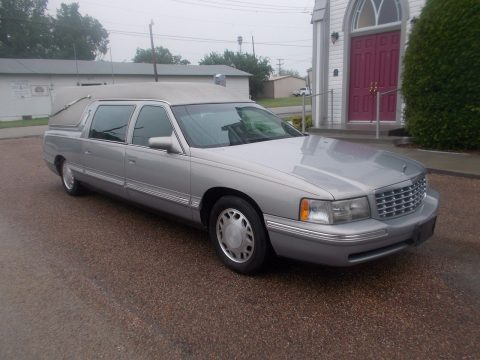manual table 1998 Cadillac DeVille hearse for sale