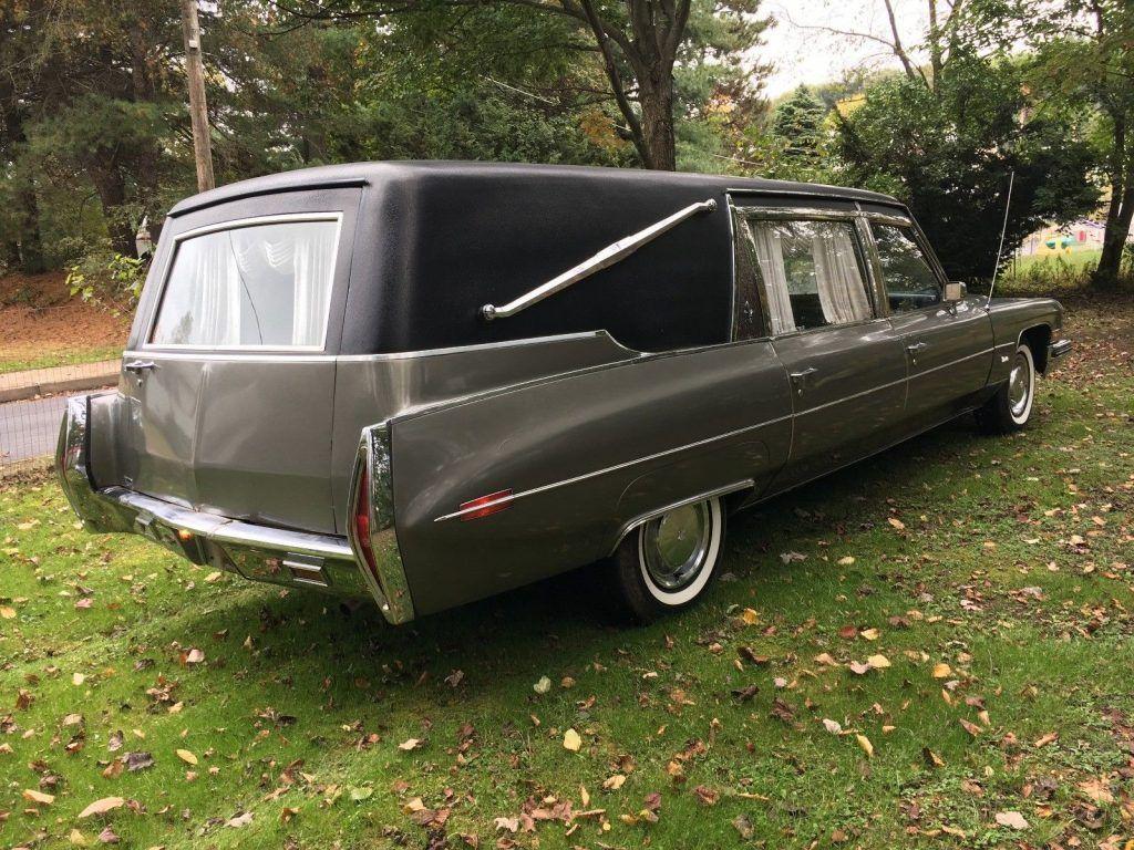 minor damage 1973 Cadillac Superior Hearse