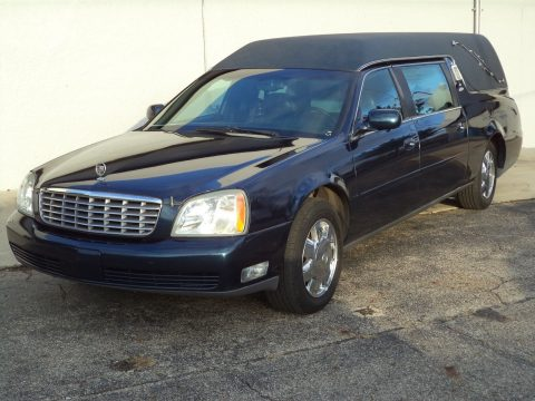 very nice 2003 Cadillac DeVille Miller-Meteor hearse for sale