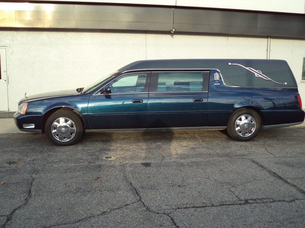 very nice 2003 Cadillac DeVille Miller-Meteor hearse