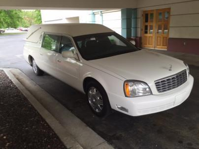 very nice 2004 Cadillac Eureka Brougham Funeral Coach Hearse for sale