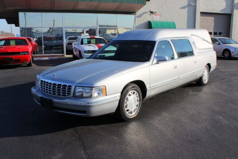 no issues 1998 Cadillac Deville Federal Coach Conversion Hearse for sale