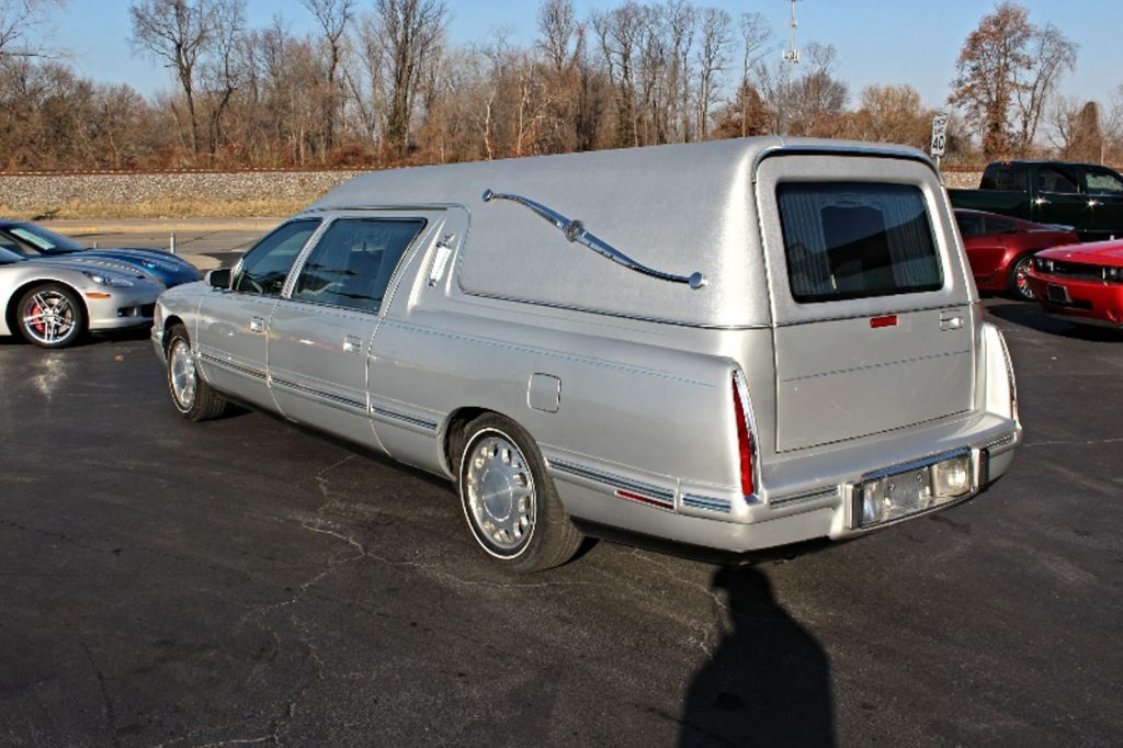 no issues 1998 Cadillac Deville Federal Coach Conversion Hearse