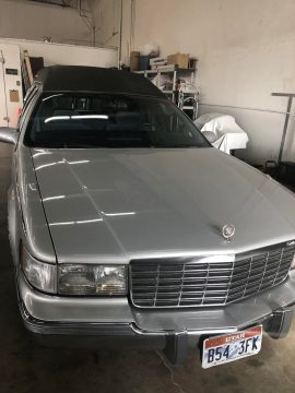 runs and drives great 1996 Cadillac Fleetwood hearse for sale