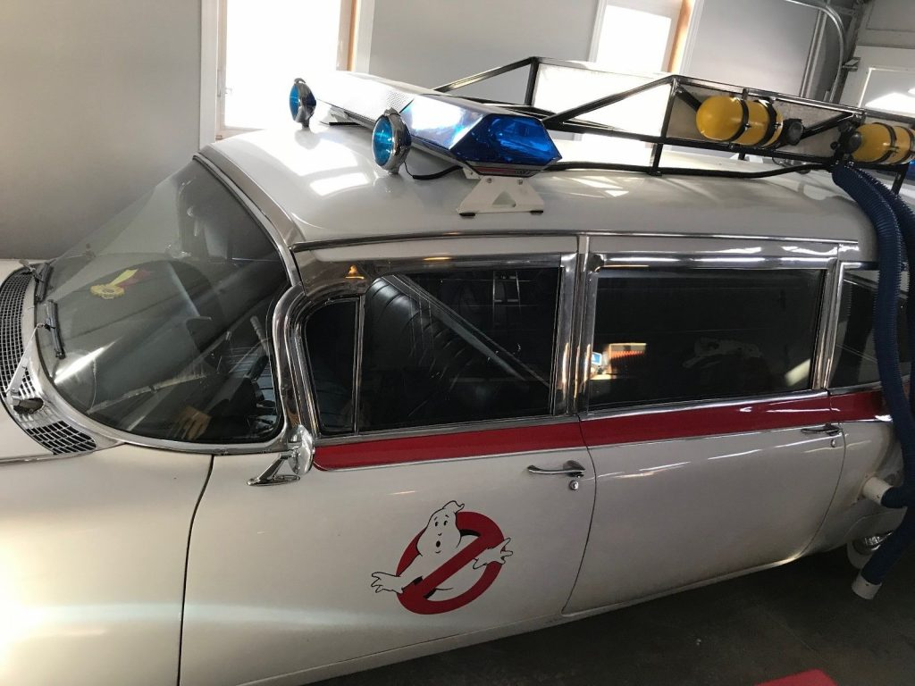 beautiful 1959 Cadillac Fleetwood S&S Ecto 1 Hearse