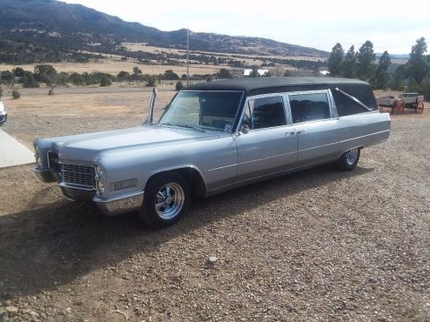 runs good 1966 Cadillac De Ville Hearse for sale