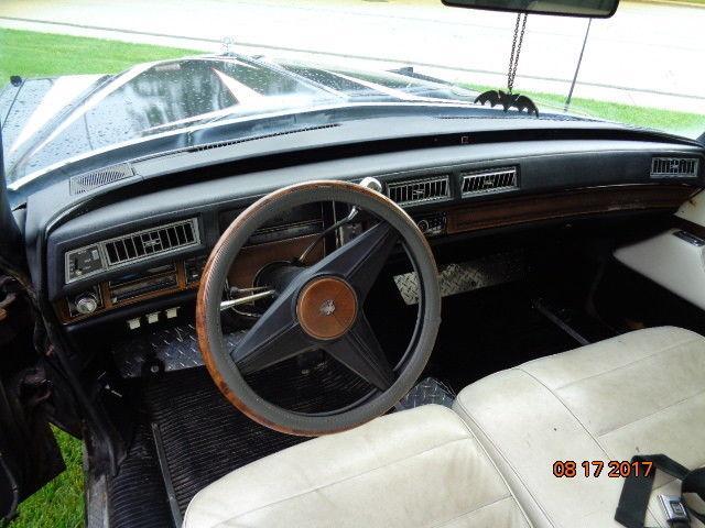 vintage 1974 Cadillac Fleetwood Hearse S&S