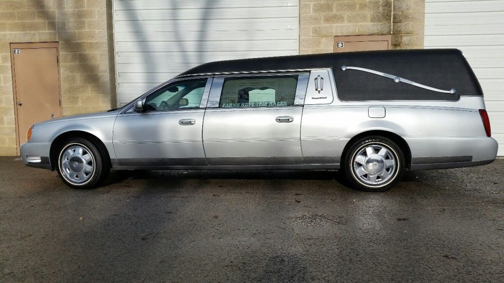 fully loaded 2003 Cadillac Deville S&S Coach hearse