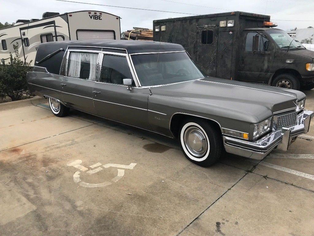 great running 1973 Cadillac Fleetwood Superior hearse