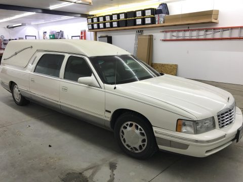 great running 1999 Cadillac Eagle Hearse for sale