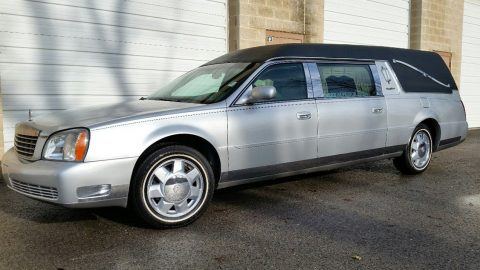 FULLY LOADED 2003 Cadillac Deville S&S Coach hearse for sale