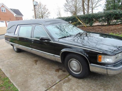 needs new vinyl top 1996 Cadillac Fleetwood hearse for sale