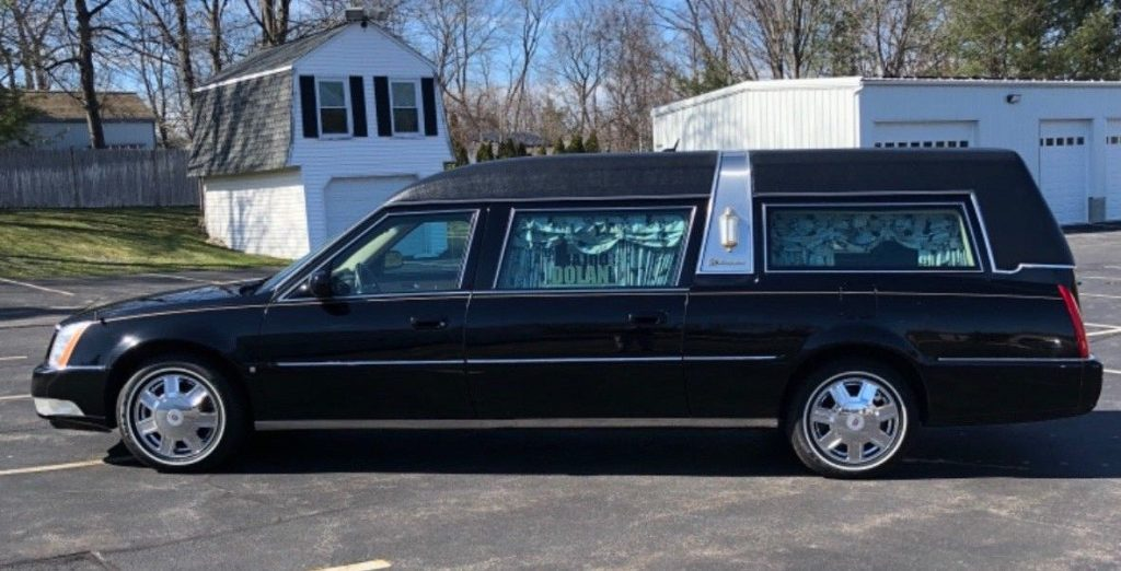 gold package 2007 Cadillac DTS S&S Masterpiece Hearse for sale