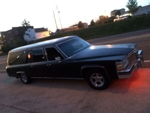 upgraded engine 1984 Cadillac Fleetwood hearse for sale