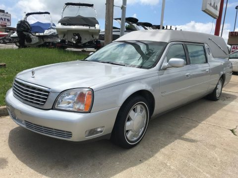 very clean 2000 Cadillac Deville DHS hearse for sale