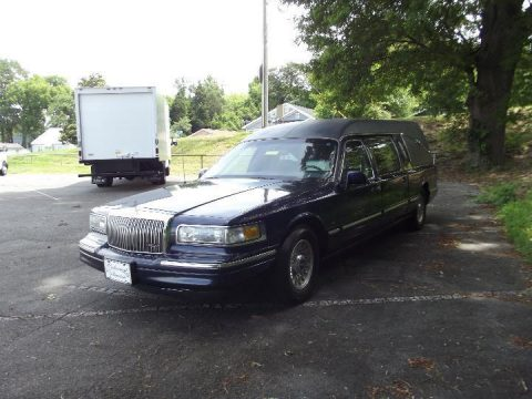 Excellent Condition 1997 Lincoln Town Car Hearse for sale