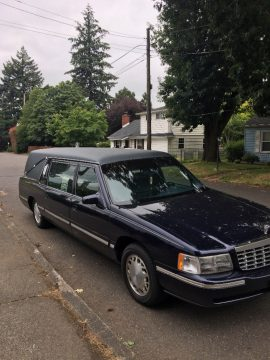 smooth running 1998 Cadillac Deville Hearse S&S hearse for sale