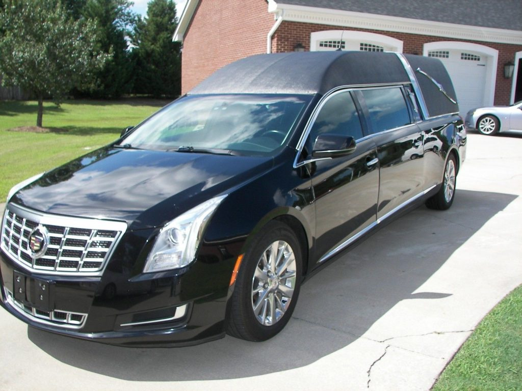exceptionally maintained 2013 Cadillac Hearse for sale