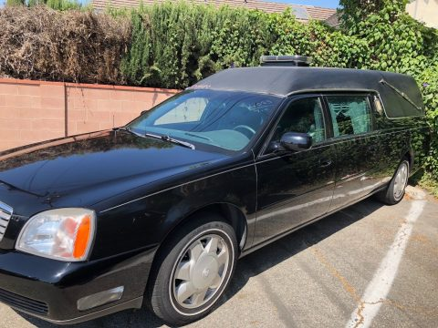 light damage 2000 Cadillac DeVille hearse for sale