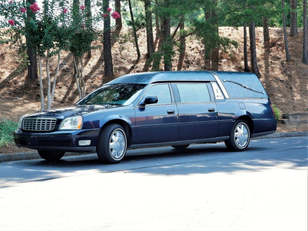 outstanding 2003 Cadillac DeVille S&S Coach hearse
