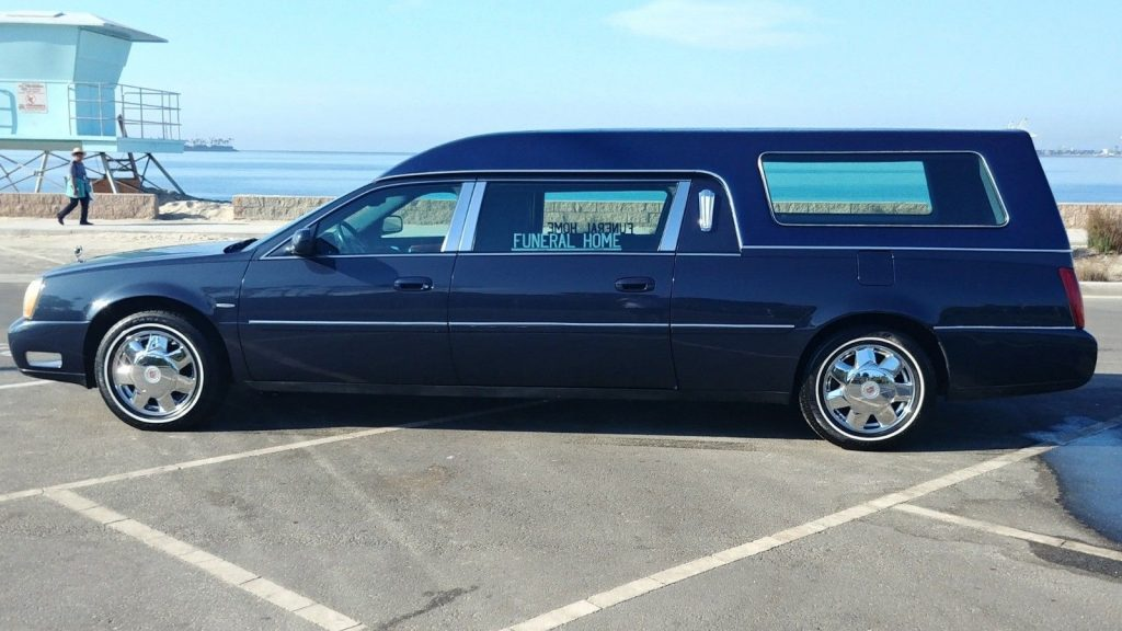 pristine 2002 Cadillac Fleetwood DTS hearse