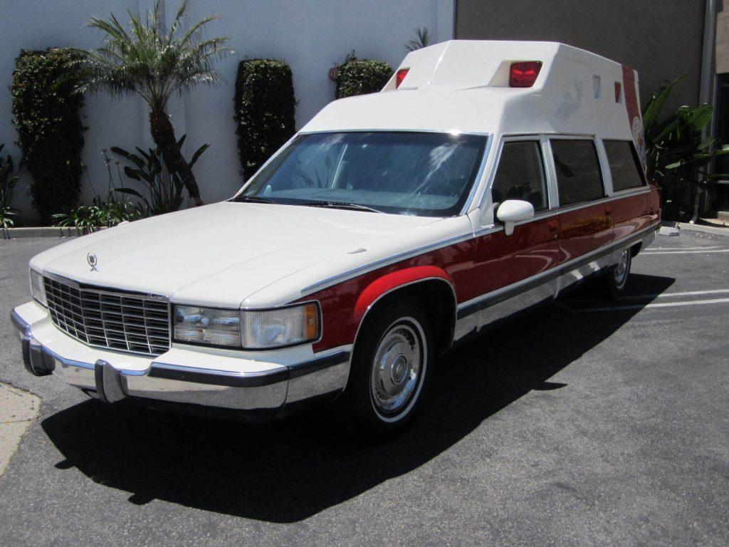 like new 1993 Cadillac Fleetwood hearse