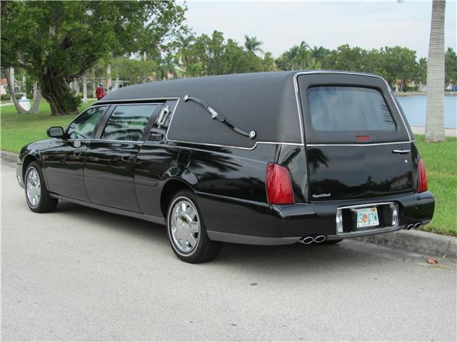 low miles 2004 Cadillac Deville Hearse